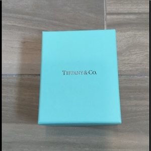 TIFFANY & CO JEWELRY RING NECKLACE SMALL GIFT BOX